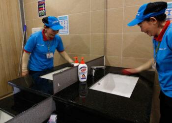 Tạp vụ vệ sinh trường học TTC