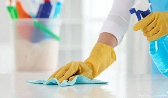 Hóa chất tẩy rửa công nghiệp